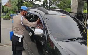Cegah Covid-19 di Mako Polres Kapuas, Sipropam Tegakkan Protokol Kesehatan