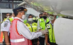 Menhub Tinjau Pemeriksaan Kelayakan Pesawat di Soekarno-Hatta