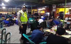 Warga Palangka Raya Dilarang Nongkrong di Kafe Setelah Pukul 21:00 WIB