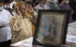 Tim DVI RS Polri Identifikasi Lima Jenazah Korban Pesawat Sriwijaya
