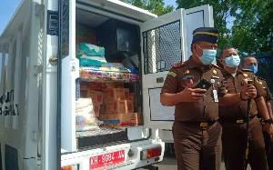 Jaksa se-Kalteng Salurkan Bantuan untuk Korban Banjir Kalsel
