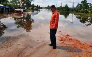 Anggota DPRD Minta Dinas PUPR Kalteng Perhatikan Jalan Pangkalan Bun - Kolam
