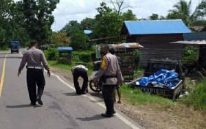 Kecelakaan Lalu Lintas di Anjir Kapuas, Pikap Masuk Parit, Pengendara Motor Patah Kaki dan Luka Kepala