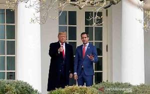 Donald Trump Tinggalkan Gedung Putih