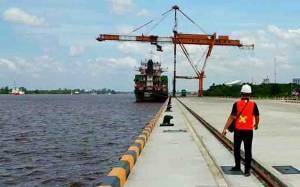 Pemkab Kotim Buka Jalan Khusus Angkutan Menuju Pelabuhan Bagendang