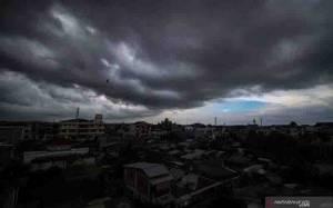 BMKG: Waspadai Puncak Musim Hujan Januari - Februari