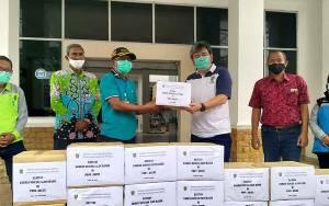 BKD Kalteng Serahkan Bantuan Korban Banjir Kalsel