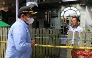Bupati Pulang Pisau Salurkan Bantuan Korban Kebakaran Pasar Bahaur
