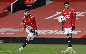 Bruno Fernandes Bawa Manchester United Lewati Liverpool di Piala FA