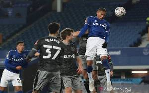 Everton Melenggang Mulus Lewati Tim Strata Kedua Sheffield Wednesday