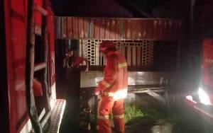 Kebakaran di Kamar 20 Sampit Hanguskan Sebuah Rumah