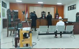 Bermasalah Sejak Awal, Jaksa Tidak Rampas Alat Berat dan Petani Sawit Dituntut 3 Tahun Penjara, Denda Rp 1,5 Miliar