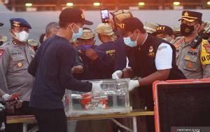 Kotak Hitam CVR Sriwijaya Diduga Terendam Lumpur