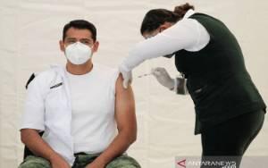 Meksiko Mulai Vaksinasi COVID untuk Lansia