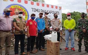 BPBD Barito Timur Berikan Bantuan bagi Posko PPKM Mikro di Desa Ketab