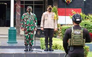 TNI Polri Gelar Patroli Skala Besar Paskapenetapan Pemenang Pilkada Kalteng