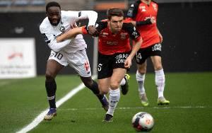 Lille Pertahankan Puncak Klasemen Setelah Lumat FC Lorient 4-1