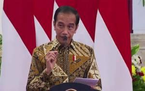 Jokowi Tinjau Vaksinasi dan Proyek Kereta Cepat Jakarta-Bandung