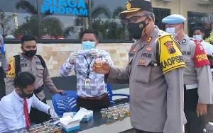 Ratusan Personel Polres Sukamara Jalani Tes Urine