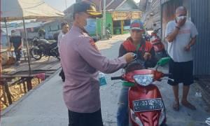 Polresta Palangka Raya Bagikan Ratusan Paket Sembako di Tiga Lokasi