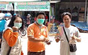 Satgas Covid-19 Kalteng Sosialisasikan dan Edukasi Penggunaan Masker di Pasar Tradisional