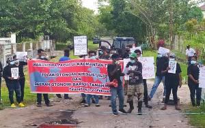 Polisi Amankan Jalannya Aksi Damai Mahasiswa Papua di Palangka Raya