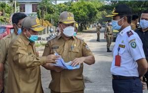 Hari Pertama Kerja, Halikinnor Langsung Tinjau Lokasi Kerusakan Jalan Dalam Kota