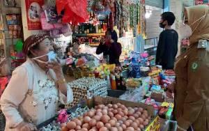 Wakil Bupati Kotim Sidak Pasar, Pantau Harga Kebutuhan Pokok