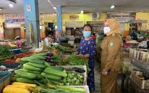 Wakil Bupati Kotim Minta Dinas Terkait Pantau Harga Kebutuhan Pokok di Pasar