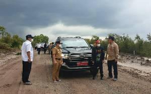 Gubernur Kalimantan Tengah Tinjau Infrastruktur Jalan Provinsi di Seruyan