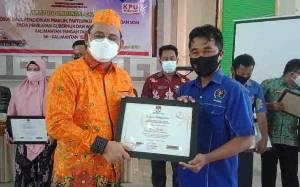 PWI Barito Selatan Terima Penghargaan Dari KPU Kalimantan Tengah