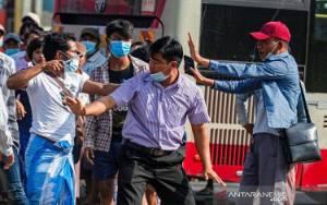 Amerika Blokir Kementerian dan Bisnis Militer Myanmar