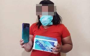 Curi Handphone Pemilik Warung, IRT Ini Ditangkap Polisi