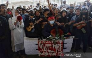 Pejabat Partai Suu Kyi Meninggal Dalam Tahanan Polisi