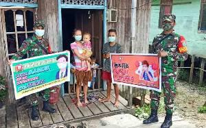 Koramil 01/Kandui Implementasikan PPKM dan Sosialisasi Prokes di Desa Baliti
