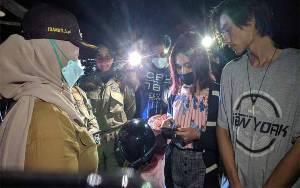 Berduaan di Tempat Gelap, Pasangan Muda-Mudi Diangkut Wakil Bupati dan Satpol PP Kotim