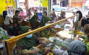 Harga Emas 999 di Sampit Turun Jadi Segini