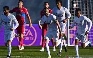 Dua Gol Benzema Menangkan Real Madrid Atas Elche