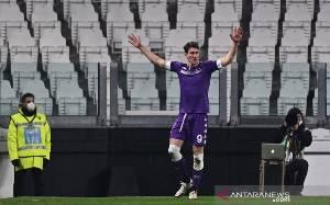 Trigol Dusan Vlahovic Antar Fiorentina Hajar Benevento