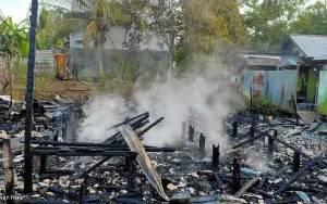 Kebakaran Hanguskan 3 Rumah dan 2 Gedung Sarang Walet di Katingan