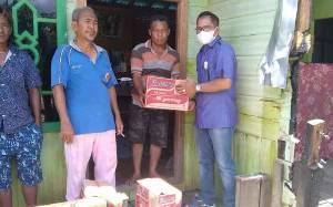 Pemerintah Kecamatan Katingan Tengah Berikan Bantuan Sembako untuk Korban Kebakaran
