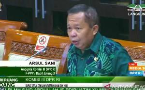 Anggota DPR Pertanyakan Sikap PPATK terkait 92 Rekening Afiliasi FPI