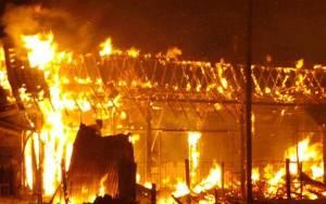 10 Orang Tewas karena Kebakaran Permukiman Padat Penduduk di Matraman