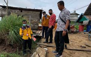 Siring Badan Jalan Desa Persil Raya Amblas
