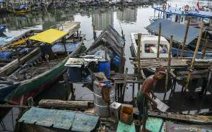 Indef Nilai Pemotongan Gaji untuk Zakat Mampu Kendalikan Kemiskinan