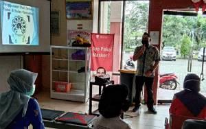 Tim PKRS RSUD Kapuas Juga Beri Penyuluhan Cara Membuang Obat Rusak yang Benar