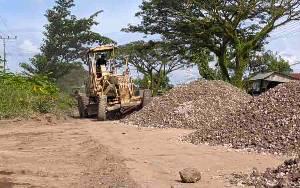 Butuh Anggaran Rp 3,5 Miliar untuk Penimbunan Jalan Rusak di Lingkar Selatan