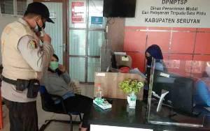 Datangi Instansi Pelayanan Publik, Polres Seruyan Ajak Taati Protokol Kesehatan