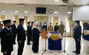 Bupati Barito Utara Lantik 12 Pejabat Fungsional dan Serahkan SK PPPK
