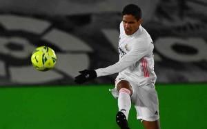 Positif Terpapar Covid-19, Varane Absen Bela Madrid Hadapi Liverpool